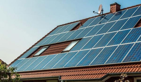 Panele fotowoltaiczne – ekonomiczne gospodarowanie energią!